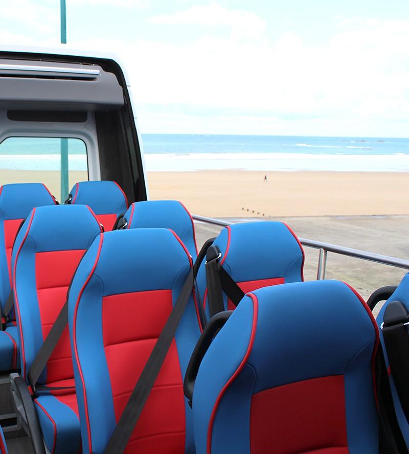 bus tour malouin d couvrez saint malo en circuit bord de nos bus. Black Bedroom Furniture Sets. Home Design Ideas